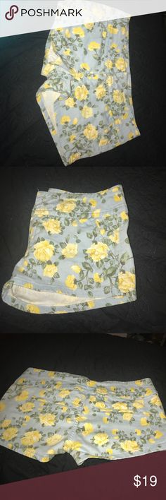 Floral shorts 💐 Yellow flowers with green leaves on a Light blue denim only worn twice Shorts Jean Shorts