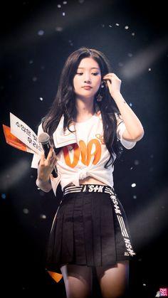 Chaeyeon 180819 DIA FAN-CON Jung Chaeyeon, Choi Yoojung, Kpop Girl Bands, Kim Sejeong, Bae, Fandom, Girl Crushes, Ulzzang Girl, South Korean Girls