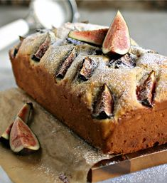 Something for a rainy day: Yogurt Fig Cake! Bet it is delicious. Fig Recipes, Best Dessert Recipes, Cupcake Recipes, Fun Desserts, Sweet Recipes, Baking Recipes, Real Food Recipes, Brunch Recipes, Pavlova