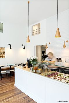 Go for some Scandinavian yummyness to Café Smörgås in #Paris #MO15 #PDW15