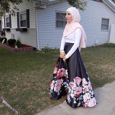 @nadien_khechen beautiful in our Nude Pink Premium Chiffon Wrap.  #hijab #fashion #hijabfashion #modestfashion #ootd