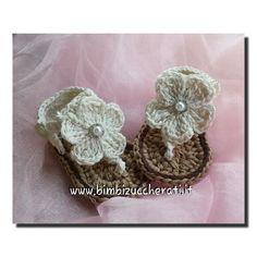 sandali-estivi-fiore-perla-bimba-uncinetto.jpg (600×600)