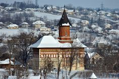 """Biserica """"Sf. Nicolae"""" (1495), Str. Ștefan cel Mare 61, Dorohoi Tale As Old As Time, Mother Earth, Romania, Cabin, Architecture, House Styles, Nature, Home Decor, Travel"""