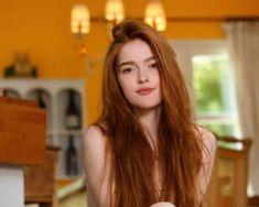 Μαλλιά: Έχεις μακριά μαλλιά; Ποιες οι αρνητικές επιπτώσεις αν τα κόψεις! Hair Cover, Depth Of Field, Boobs, Lipstick, Nude, Long Hair Styles, Portrait, Pink, Beauty