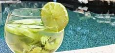 Home Detox Remedies DIY Jillian Michaels Jillian Michaels, Cucumber Detox Water, Healthy Homemade Snacks, Healthy Cooking, Healthy Food, Making Water, Home Detox, Liver Detox Cleanse, Clean Eating Challenge
