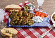 Νηστίσιμες Συνταγές - Συνταγές για τη Νηστεία   Argiro.gr Caesars Salad, Food Categories, Greek Recipes, Vegetable Dishes, Avocado Toast, Spinach, Vegetarian, Vegetables, Cooking