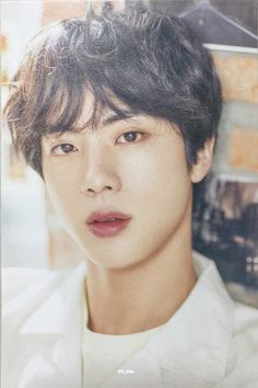 """BTS Jin is the oldest and Official Visual member of Boy Group BTS, He trended many times Because of his Good Look , His popular nickname """"Worl… Seokjin, Namjoon, Taehyung, Jin Kim, Bts Jin, K Pop, Genre Musical, Hip Hop, Worldwide Handsome"""