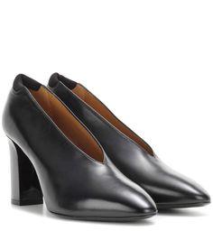 ACNE STUDIOS Aja leather pumps. #acnestudios #shoes #pumps