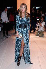 Sophie Hermann Print Dress - Sophie Hermann donned a printed maxi dress with a thigh-high front slit for the Dimitri fashion show. Beautiful Gorgeous, Thigh Highs, What To Wear, Fashion Show, Ralph Lauren, Pure Products, Lady, Dresses, Style