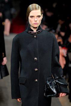 Loewe at Paris Fashion Week Fall 2012 - Runway Photos Heritage Brands, Loewe, Tweed, Chef Jackets, Cashmere, Suit Jacket, Runway, Formal, Coat