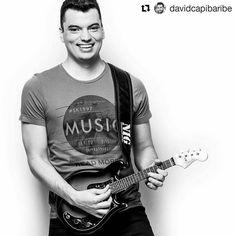 Foto pelas lentes de David Capibaribe.  #Repost @davidcapibaribe (@get_repost)  O mestre da guitarra baiana  @jonathanraphaelgtr realizando sessão de fotos para sua divulgação.