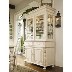 Paula Deen Home Sweet Tea China Cabinet in Linen