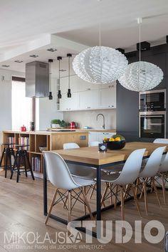 JADALNIA W STYLU LOFT Dining Area, Dining Table, Kitchen Living, Living Room, Wooden Tables, Apartment Living, Home Interior Design, Loft, Modern Furniture