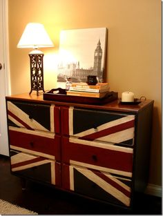 Union-Jack-Dresser LOVELY CRAFTY HOME