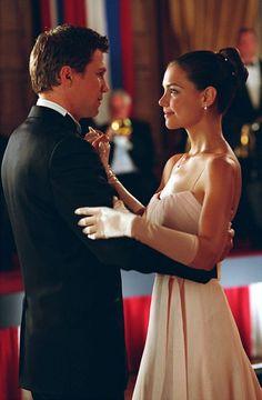 The First Daughter, Samantha, (Katie Holmes) enjoys a romantic evening with new boyfriend James (Marc Blucas).