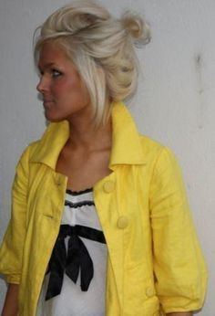 messy bun <3 I want this color