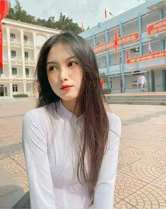 Beautiful Asian Girls, Pretty Girls, Cute Girls, Cosmic Egg, Korean Girl Photo, Wet Dreams, Ao Dai, Girl Photos, Vietnam