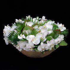 ぜいたく胡蝶蘭の「ラウンド」アレンジメント |花・フラワーギフトならケイフローリストデザイン。即日配送も可能!
