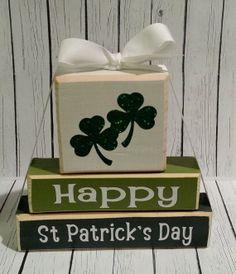 St. Patrick's Day Custom Wooden decor, St. Patrick's Day Gift Ideas, DIY St. Patrick's Day Crafts #2014 #st #Patricks #Day #craft #decor www.loveitsomuch.com