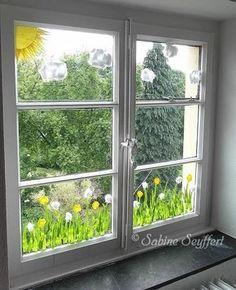 Fensterblumen - New Deko Sites Diy For Kids, Crafts For Kids, Window Art, Decoration Table, Creative Kids, Spring Crafts, Easter Crafts, Classroom Decor, Diy And Crafts