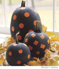 Painted Pumpkin Craft: Tape off the area or shape you want to stay orange.  Paint pumpkin.  Let dry and remove tape.  Great for little kids!
