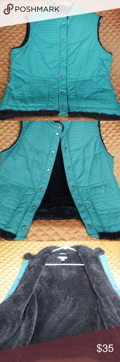 Pendleton Teal Faux Fur Vest Women's Size Large This is a blue/teal Pendleton faux fur vest in excellent condition! No flaws.  *If you appreciate old school quality - you're in the right place. We ship fast, usually within 1 business day! Thanks for visiting my closet! Pendleton Jackets & Coats Vests