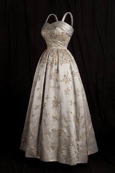 fripperiesandfobs:  Evening dress designed by Hardy Amies for Queen Elizabeth II, 1958 From Kensington Palace via My London Life