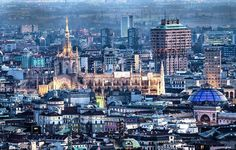 #duomo #duomodimilano #milano #milanodavedere #citylife #citybestpics #citylights #citytour #architecture #magic #skyporn #misshome #home #tagsforlikes #tflers #like4like #likeforlike #followme  by natyy94