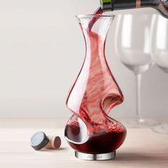Wine Corker Set #winepairing #WineCorker Red Wine Decanter, Wine Carafe, Wine Corker, Wine Cellar Racks, Wine Rack, Wine Cellars, Wine Education, Red Wine Glasses, Crystals
