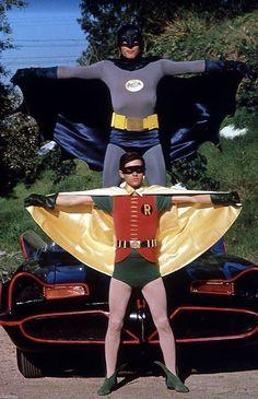 Robin (Burt Ward) and Batman (Adam West) Batman Robin, Adam West Batman, Batman 1966, Batman And Superman, Batman Arkham, Batgirl, Catwoman, Nightwing, Batman Tv Show