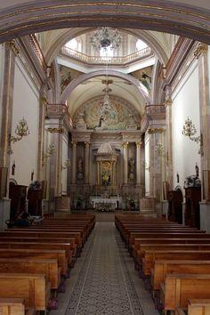 Interior --Templo de Nuestra Señora del Rosario (La Merced)