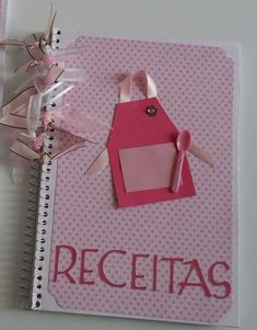 Chá de Cozinha | Blog Loja dos Noivos Bridal Decorations, Bridal Shower Cards, Couple Shower, Kitchen Witch, Birthday Diy, Happy Day, Mini Albums, Special Day, Party Favors