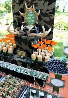 Camo Birthday Party Ideas - Camouflage party theme for the hunter outdoor enthusiast army soldier call of duty or survivor Camo Birthday Party, Camo Party, Hunting Birthday, Birthday Party Themes, Birthday Ideas, Deer Hunting Party, Hunting Camo, Coyote Hunting, Pheasant Hunting