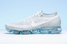 Innovation never looked so good. See the shoe everyone is talking about, the Nike Air VaporMax.  http://www.stadiumgoods.com/air-vapormax-flyknit-pure-platinum-white-wolf-grey-849558-004?utm_content=bufferec23a&utm_medium=social&utm_source=pinterest.com&utm_campaign=buffer  #Nike Air Max Day 2017, Curvy Petite Fashion, Nike Vapor, Thé Air Max, Nike Air Vapormax, Victorias Secret Models, Running Shoes Nike, Nike Shoes, Milan Fashion Weeks