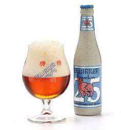 Cerveja Delirium Argentum, estilo Belgian IPA, produzida por Huyghe, Bélgica. 7.8% ABV de álcool.