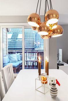 FINN – Innholdsrik toppleilighet med perfekt beliggenhet i bilfritt og brosteinsbelagt smau. Uteplass og nydelig loftsrom. Bo i ett med sentrums pulserende kultur- og folkeliv!