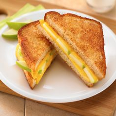 Cinnamon Apple Grilled Cheese Sandwiches