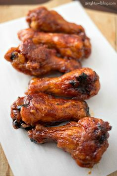 These Crispy Baked Honey BBQ Wings are easy to make and perfect for game day! Today I'm excited to not only bring you an easy and delicious Crispy Baked Honey BBQ Wings recipe, but remembe Baked Chicken Wings, Chicken Wing Recipes, Chicken Meals, Best Bbq Chicken, Barbecued Chicken, Honey Bbq Wings, Comida Keto, Nutrition, Kfc