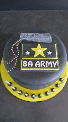 SA Army Cake Army Cake, Cakes For Men, Birthday Cake, Boys, Desserts, Crafts, Baby Boys, Tailgate Desserts, Birthday Cakes