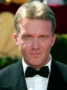 Anthony Michael Hall - from geek to sexy