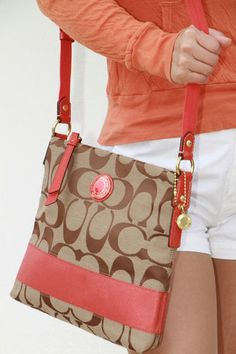 Coach! I love this color!! #Coach #Purse