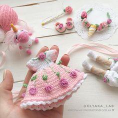 Best 12 Handicraft and Cute Amigurumi Doll Pattern Ideas Part amigurumi doll patterns; Crochet Doll Dress, Crochet Girls, Crochet Doll Clothes, Crochet Doll Pattern, Crochet Patterns Amigurumi, Amigurumi Doll, Crochet Toys, Crochet Baby, Tutorial Amigurumi