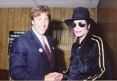 """I met the King of Pop in 1998, during my bid for Governor. We were introduced by Michael's friend, Don Barden"".  Lawyer Geoffrey Fieger."