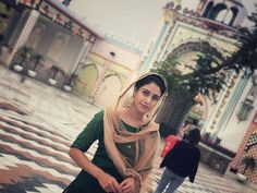 from ・・・ Rab Raakha 🙏🏼✨ Indian Tv Actress, Actress Pics, Daily Fashion, Trendy Fashion, Fashion Ideas, Fashion Trends, Bollywood Makeup, Traditional Fashion, Beautiful Bollywood Actress