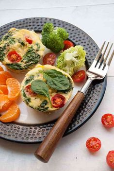 High Protein Breakfast Egg Muffin Meal Prep - They are a handy way to take your breakfast on the go. They are filling. They are flavorful. Whole30. Paleo.