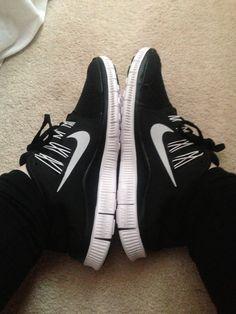 www.cheapshoeshub com http   fancy.to rm 447507408994966085. Discount Running  ShoesFree ... 9d098e52d
