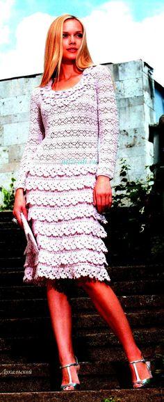 Crochet White Dress  http://crochetemoda.blogspot.ca/2012_08_01_archive.html