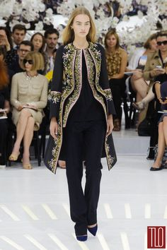 Christian-Dior-Fall-2014-Couture-Collection-Paris-Tom-LOrenzo-Site-TLO (20)