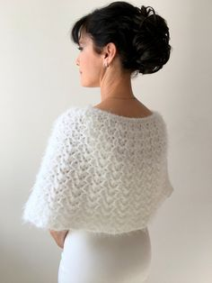 Best 12 Very pretty Flower girl Cape and Purse, fit for any princess! Winter Wedding Shawl, Wedding Cape, Bridal Shrug, Bridal Cape, Crochet Poncho, Knitted Shawls, Bridesmaid Shawl, Bridal Cover Up, Evening Dresses With Sleeves
