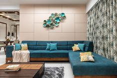 Turquoise blue living room with metal artwork. - New ideas Living Room Sofa Design, Living Room Interior, Home Living Room, Home Interior Design, Living Room Designs, Living Room Decor, Drawing Room Interior, Drawing Room Furniture, Living Tv